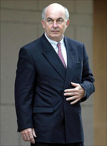 Kemal Derviş, iktisatçı ve siyasetçi tarihte bugün