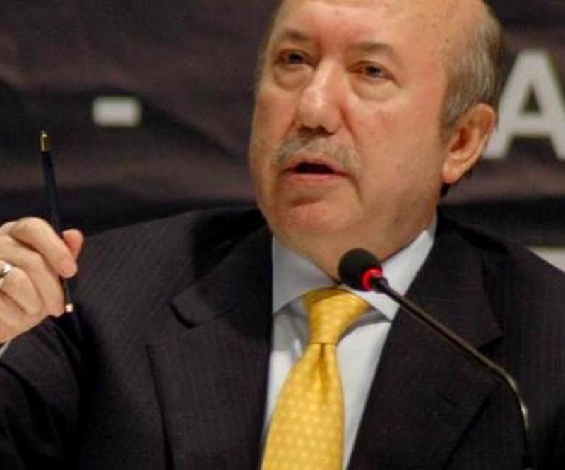 Maliye Eski Bakanı Kemal Unakıtan hayatını kaybetti.  tarihte bugün
