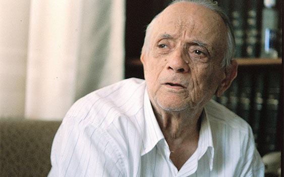 Kemalettin Tuğcu, yazar (ÖY-1996) tarihte bugün
