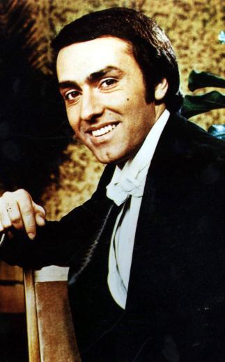 Kerem Yılmazer, tiyatrocu (ÖY-2003)