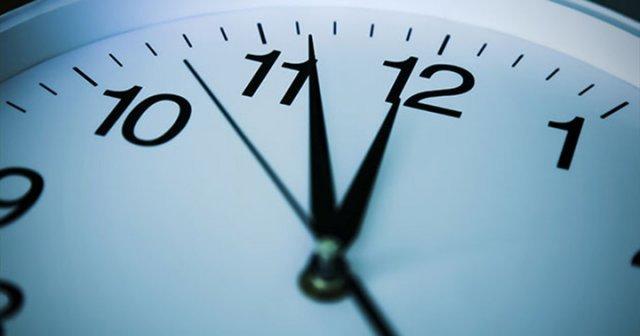 Kış Saati Uygulaması Yürürlükten Kaldırıldı. Yaz saati uygulamasının yıl boyu sürdürülmesi hakkındaki karar, Resmi Gazetenin bugünkü sayısında yayımlandı. Artık saatler geri alınmayacak. tarihte bugün