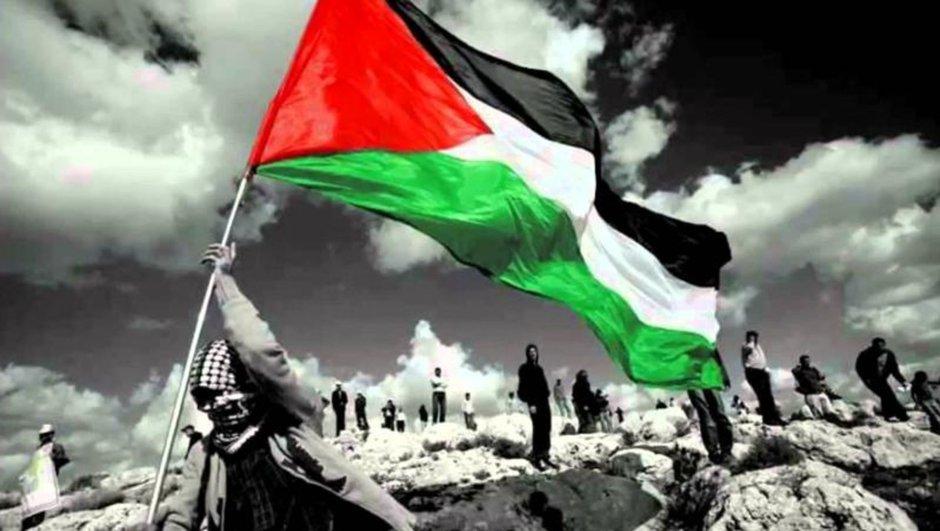 Kudüs ve çoğu Islam şehrinde Cuma Namazında Protestosu ve intifada