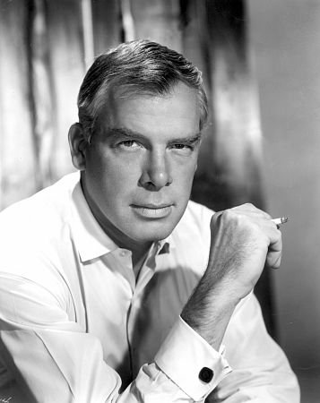 Lee Marvin öldü
