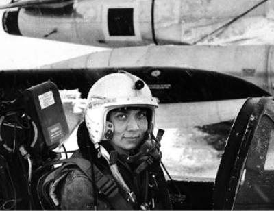 Leman Bozkurt Altınçekiç, ilk  kadın Türk jet pilotu (DY-1932) tarihte bugün