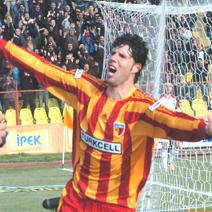 Leonardo Andres Iglesias, Arjantinli futbolcu tarihte bugün