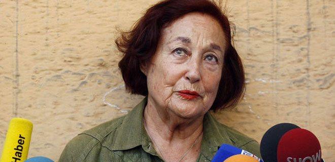 Leyla Umar, 87 yaşında hayatını kaybetti. Fidel Castro, Nelson Mandela, Patrik Bartholomeos gibi isimlerle röportajlarıyla tanınıyordu tarihte bugün