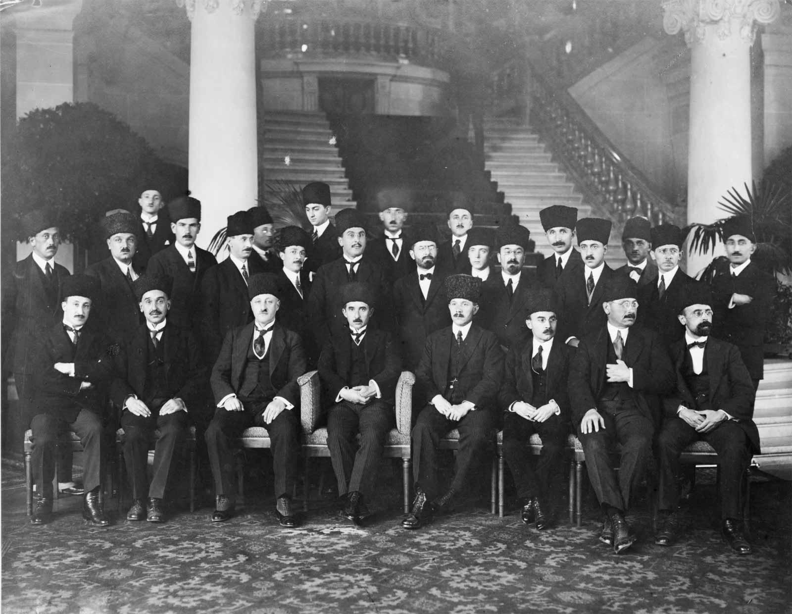 Lozan Antlaşması mecliste onaylandı