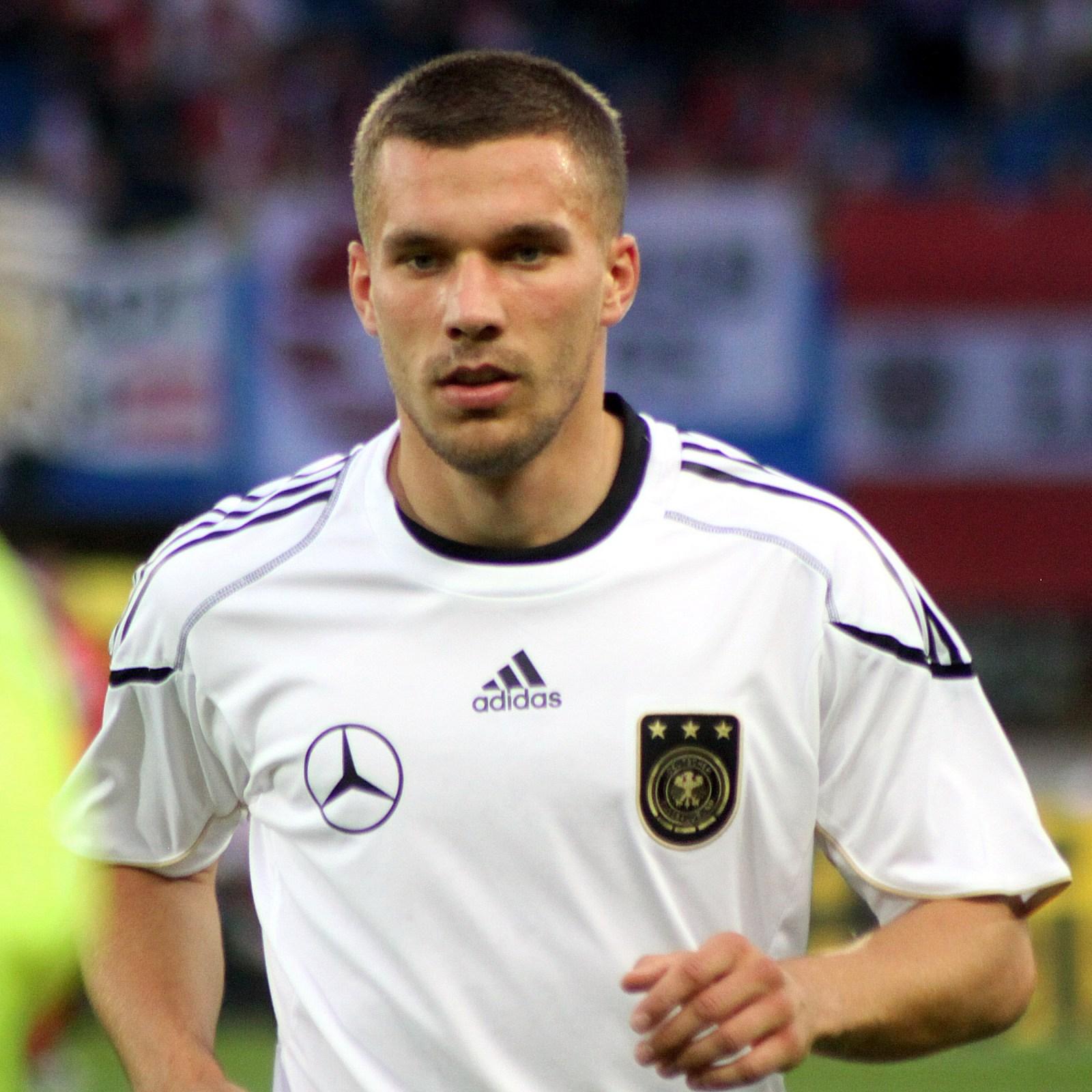 Lukas Podolski, futbolcu tarihte bugün