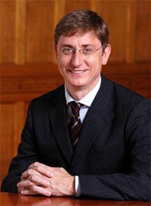 Ferenc Gyurcsany, Macaristan başbakanı tarihte bugün
