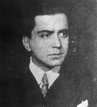 Mahmut Yesari, roman ve oyun yazarı (ÖY-1945) tarihte bugün
