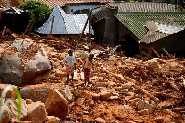 Mali'nin Mopti Bölgesindeki Ogossagou ve Welingara köylerine yapılan saldırıda 160 kişi hayatını kaybetti tarihte bugün
