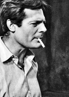 Marcello Mastroianni, italyan sinema oyuncusu (DY-1924) tarihte bugün