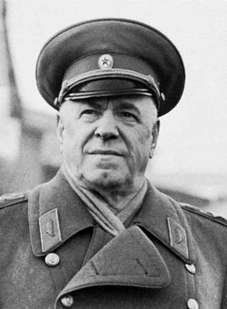 Georgi Jukov, Sovyet Rusya mareşali (DY-1896) tarihte bugün