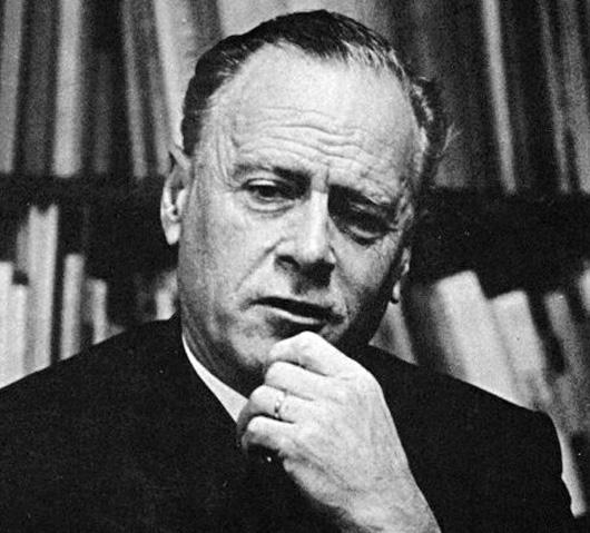 Marshall McLuhan, akademisyen. (ÖY-1980) tarihte bugün