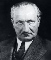 Martin Heidegger, Alman filozof (ÖY-1976) tarihte bugün