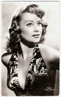 Martine Carol, Fransız aktris (DY-1920) tarihte bugün