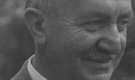 Memduh Şevket Esendal, yazar (ÖY-1952) tarihte bugün