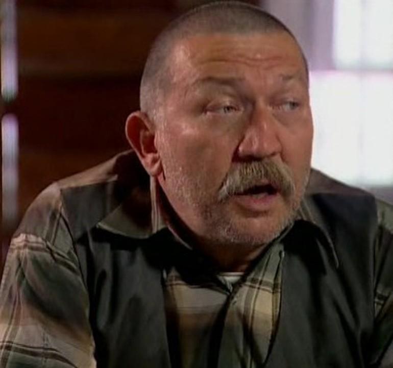 Tiyatro, sinema ve dublaj sanatçısı Mete Dönmezer hayatını kaybetti. tarihte bugün