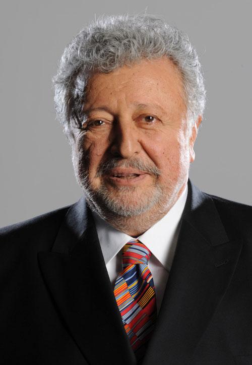 Metin Akpınar, oyuncu tarihte bugün