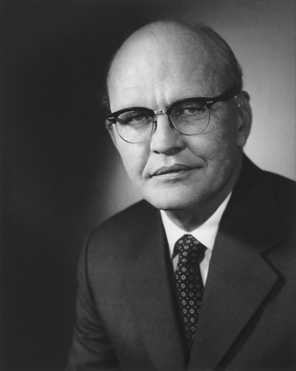 Jack Kilby, ABD'li mühendis ve mucit (DY-1923) tarihte bugün