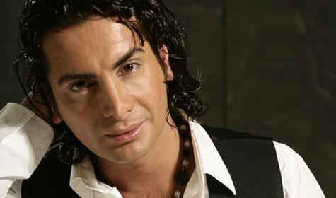 Murat Başaran, Türk şarkıcı tarihte bugün