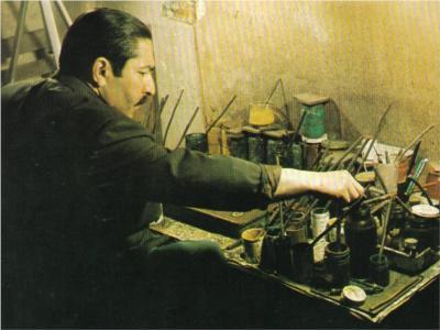 Mustafa Esat Düzgünman, ebru sanatçısı tarihte bugün