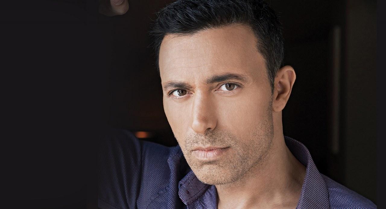 Mustafa Sandal, besteci,şarkıcı tarihte bugün