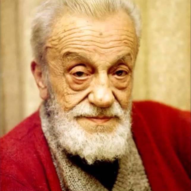 Şair, gazeteci ve yazar Necip Fazıl Kısakürek, 1983 yılında İstanbul'da yaşamını yitirdi. tarihte bugün