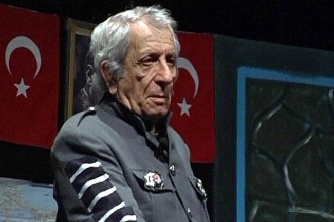 Nejat Uygur, tiyatro, sinema sanatçısı (ÖY-2013) tarihte bugün