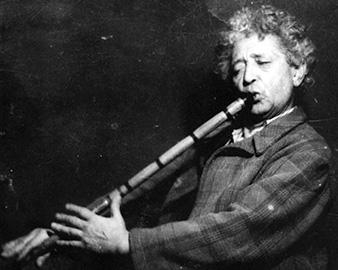 Neyzen Tevfik, neyzen ve şair (ÖY-1953)