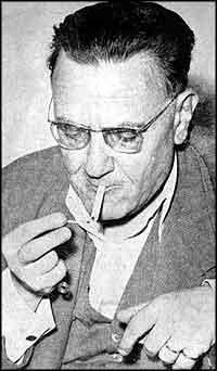Nurullah Ataç, yazar tarihte bugün