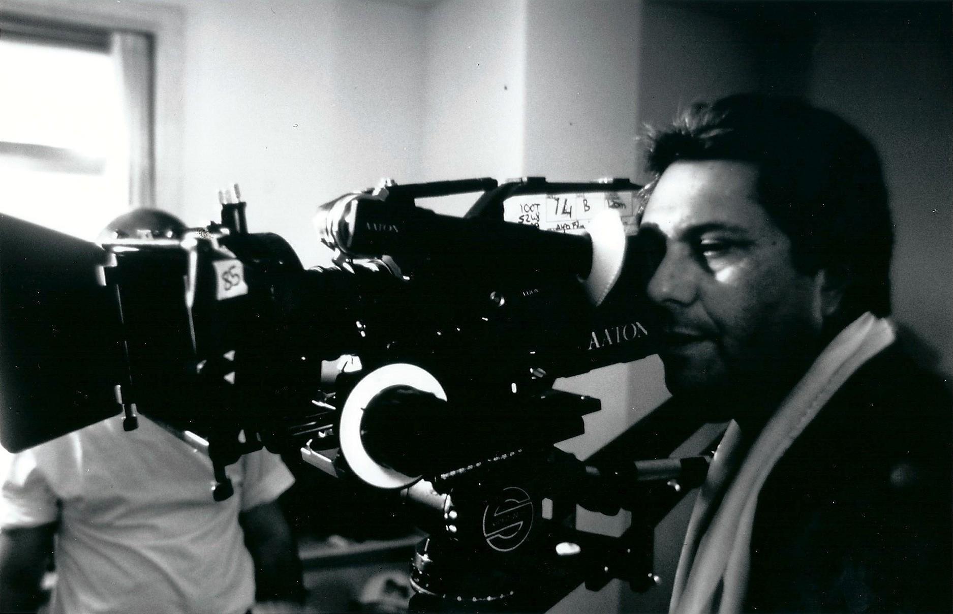 Ömer Kavur, film yönetmeni (DY-1944) tarihte bugün