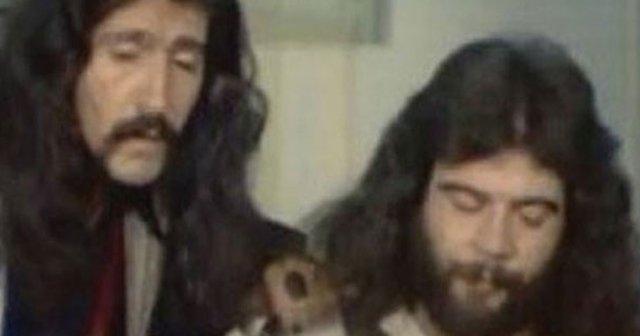 Panço Mithat lakabıyla tanınan gitarist Mithat Danışan tarihte bugün