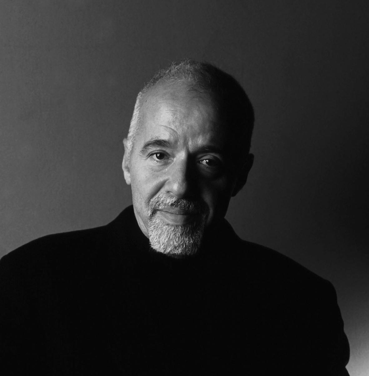 Paulo Coelho, Brezilyalı yazar tarihte bugün