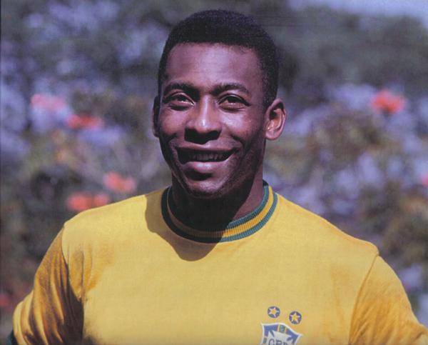 Brezilyalı futbolcu Pele. tarihte bugün