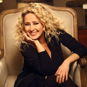 Pınar Aylin, şarkıcı tarihte bugün
