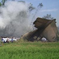 Endonezya Java adası uçak kazası