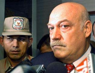 Paraguay eski Devlet Başkanı Luis Gonzalez Macchi, kanunsuz yollardan zengin olmak suçundan 8 yıl hapse mahkum oldu. tarihte bugün