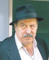 Tiyatro ve sinema oyuncusu Aykut Oray, Muğla'nın Köyceğiz ilçesinde kalp krizi sonucu vefat etti. tarihte bugün