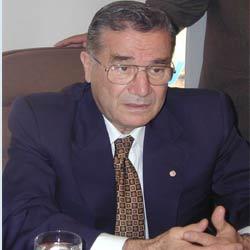 Kızılay Eski Genel Başkanı Ertan Gönen trafik kazasında öldü. tarihte bugün