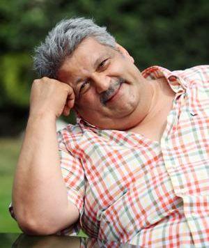 Osman Yağmurdereli Kadıköy'deki Acıbadem Hastanesi'nde vefat etti. tarihte bugün