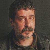 Tiyatro ve sinema oyuncusu Yaman Tarcan (50), Kadıköy'deki evinde, babasından miras kalan tabancayla hayatına son verdi. tarihte bugün