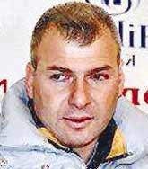 Konyaspor Teknik Direktörü Tevfik Lav, Manisa yakınlarında geçirdiği trafik kazasında hayatını kaybetti.  tarihte bugün