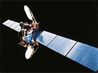 Türkiye'nin 4. iletişim uydusu TÜRKSAT 3A 11 dakika gecikmeyle saat 01:05'de Fransız Guyanası'ndaki Kourou üssünden uzaya fırlatıldı. tarihte bugün