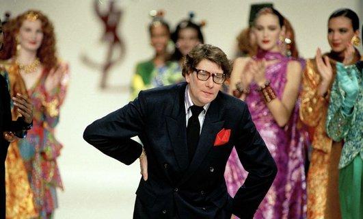Moda dünyasının 20. yüzyılda yetişen önemli isimlerinden Yves Saint Laurent'in öldü tarihte bugün