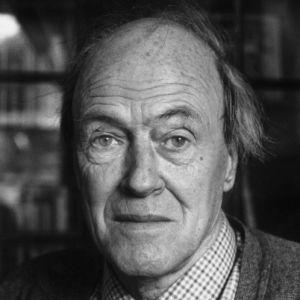 Roald Dahl, Galli roman öykü yazarı (DY-1916) tarihte bugün