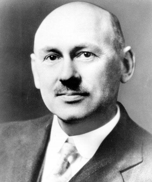 Robert H. Goddard, Amerikalı fizikçi. Sıvı yakıtlı roketlerin üretilmesinin öncüsü (ÖY-1945) tarihte bugün
