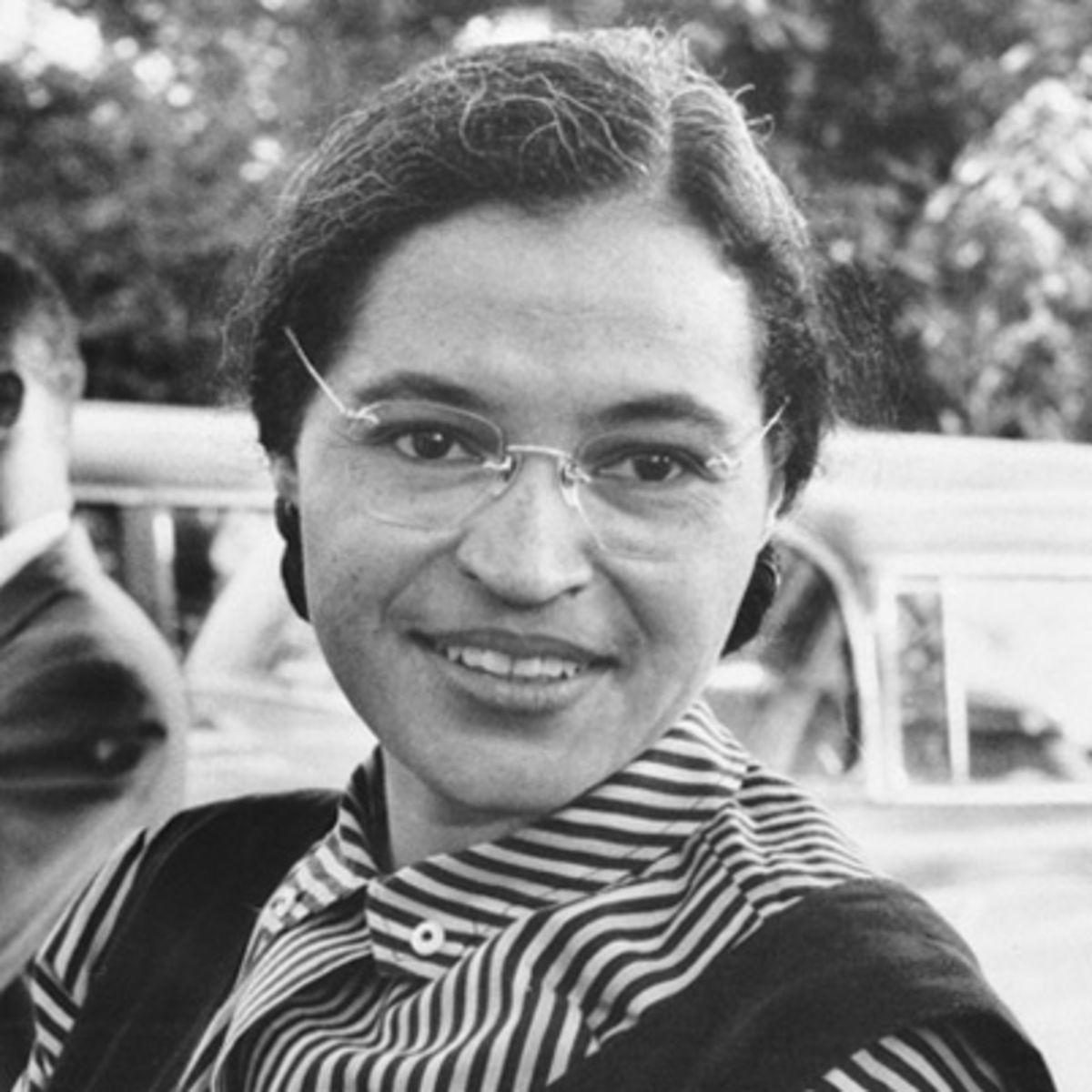 Rosa Parks, insan hakları savunucusu (DY-1913) tarihte bugün