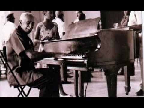 Ruben Gonzalez, Kübalı piyanist  (DY-1919) tarihte bugün