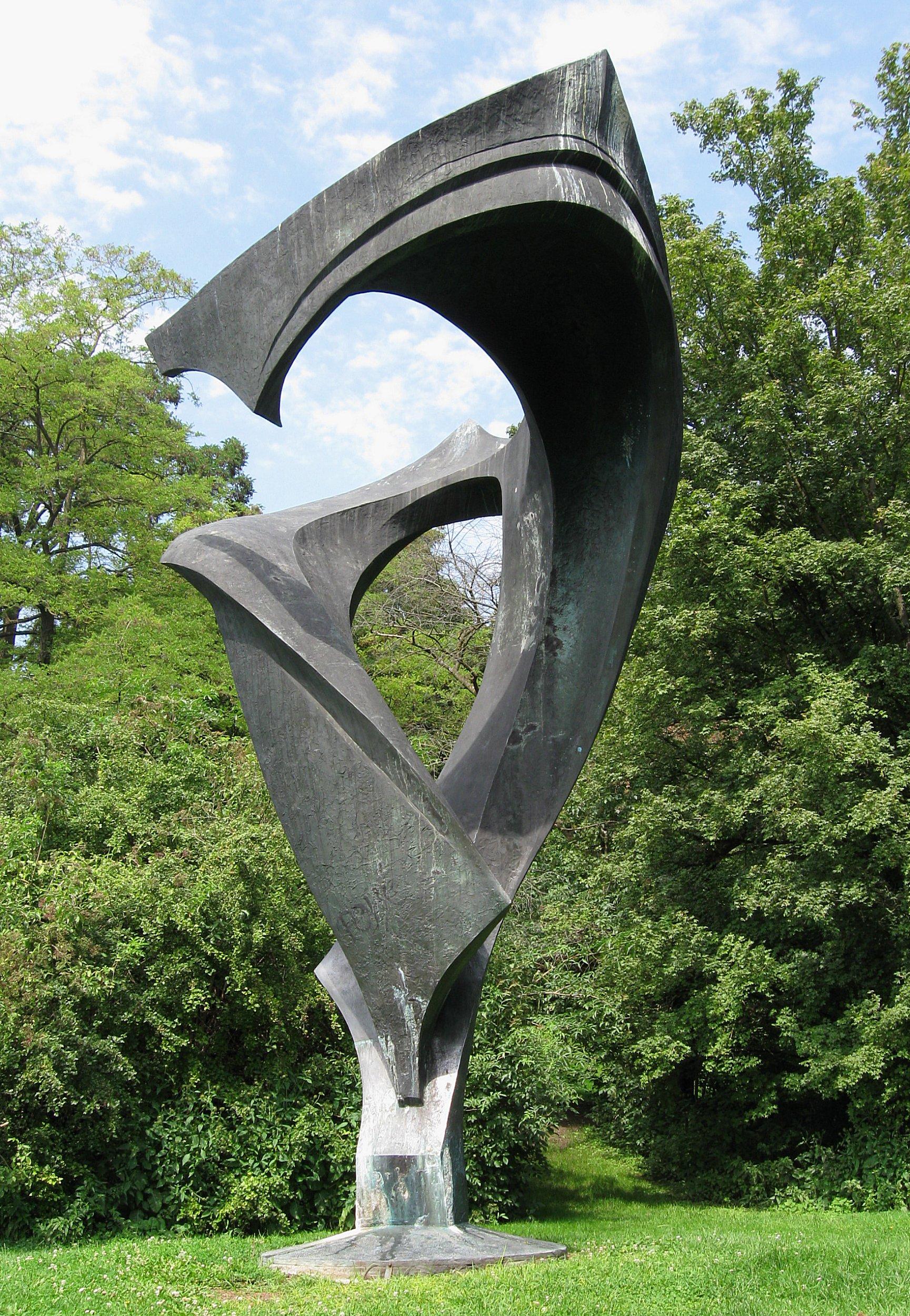 Rudolf Belling, Alman heykeltraş (ÖY-1972). tarihte bugün